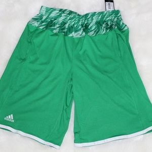 NWT ADIDAS Mens Shorts Size Medium
